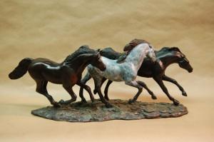 3 ponies 121206-1064